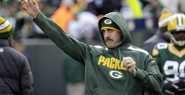 Aaron Rodgers playing Thursday would be 'huge stretch' : Reports