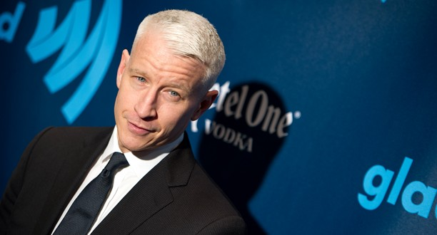 Anderson Cooper Renews Contract With CNN (VIDEO)