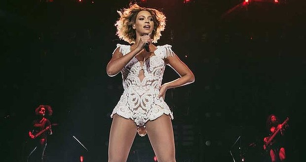 Beyonce knowles : Singer breaks records on tour Down Under