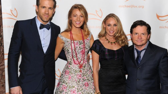 Blake Lively, ryan reynolds : Pose Together On The Red Carpet (PHOTO)