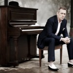 hugh laurie music career