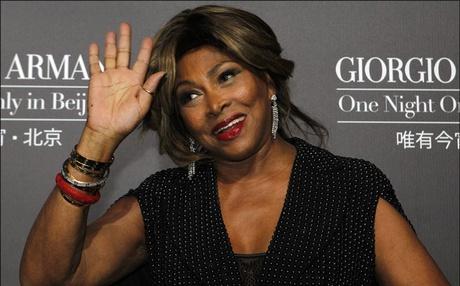 Singer Tina Turner to relinquish American citizenship