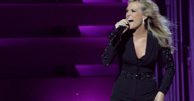 Sound of Music: Carrie Underwood wished well by Julie Andrews : Reports