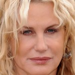 cosmetic surgery looks like muppets : daryl hannah scary fish lips