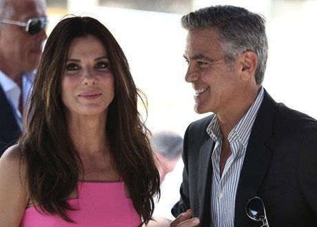George clooney : 'Sandra Bullock calls me drunk every night', Reports