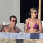 Actress Jennifer Aniston Rocks Bikini in Cabo With Justin Theroux