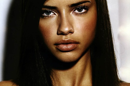 Adriana Lima from Brazil : Travelling affected workouts