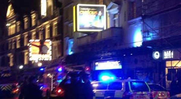 Balcony collapses at London's Apollo theatre : rescue underway (VIDEO)