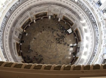 Capitol's dome restoration project begins : $60 million renovation