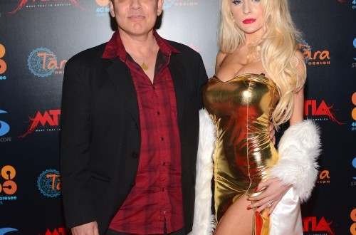 Courtney Stodden Doug Hutchison Divorce :  Plastic Surgery caused fights with ex