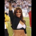 Eagles honor NFL cheerleader who served in Afghanistan