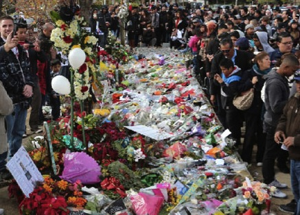 Fallen stars of 2013 : Paul Walker memorial in California draws thousands