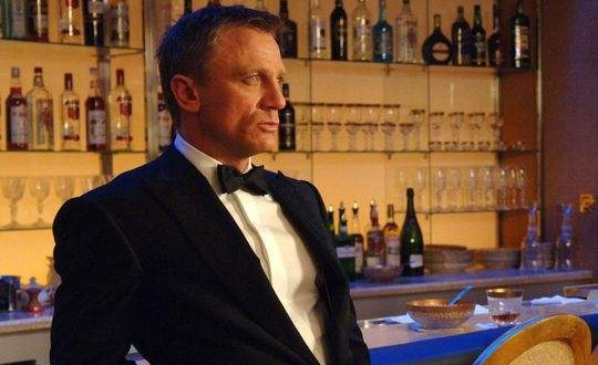 James Bond at risk of early death from alcohol : study says