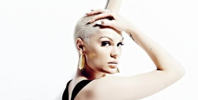 Singer Jessie J 'dedicates album to God'