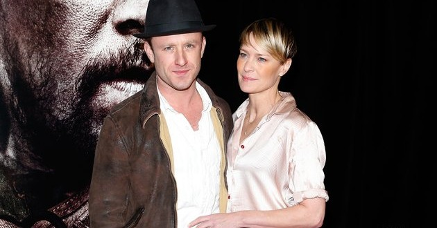 Robin Wright engaged to Ben Foster (VIDEO)
