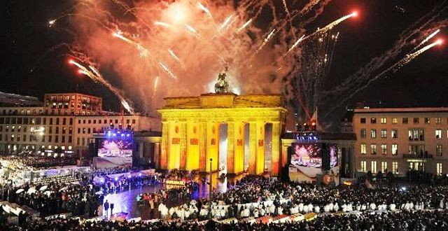 Anniversaries in 2014 : Berlin wall festival of freedom