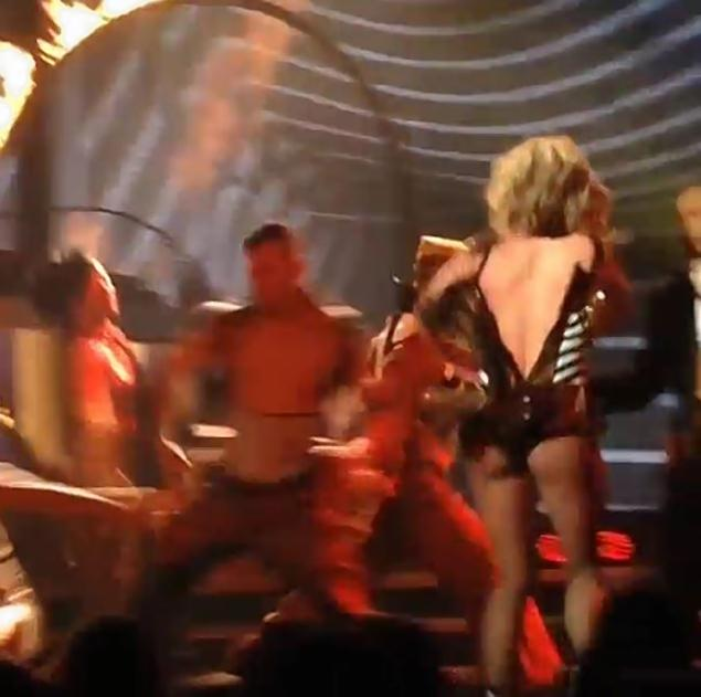 Singer-Britney-Spears-Suffers-Wardrobe-Malfunction-in-Las-Vegas.jpg