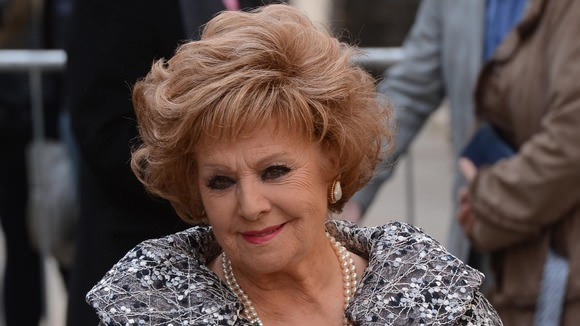 Actress Barbara Knox arrested for drink-driving
