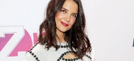 Actress Katie Holmes returning to TV with new ABC show