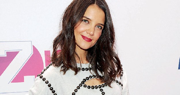 » Actress Katie Holmes returning to TV with new ABC show