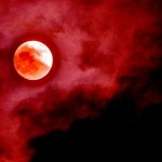 'Blood Moon' : Total Lunar Eclipse in April