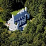 Heiress' French-style chateau sells for just $14M