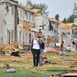 Tornado tears through Angus, Ont, damaging homes