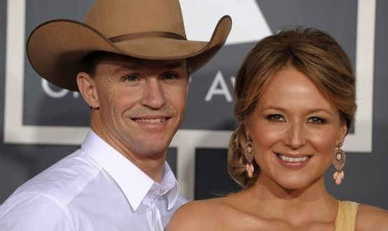 Jewel and Husband Ty Murray Split After 16 Years
