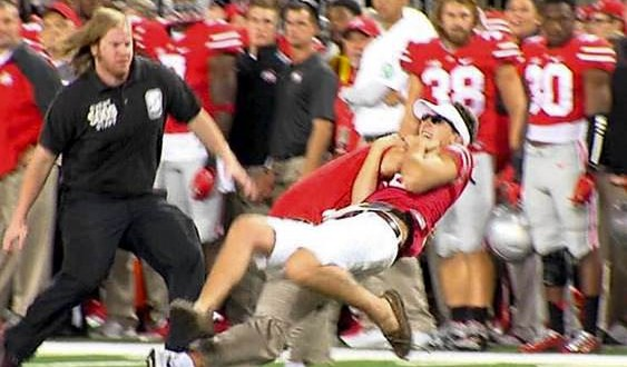 Anthony Schlegel : Ohio State assistant slams interloping fan (Schlegel Video)