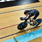 Jens Voigt sets new hour record