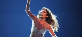 Jennifer Lopez Vegas Deal : Singer Is Reportedly Getting a Vegas Residency