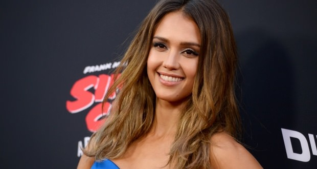 Jessica Alba says becoming a mom was 'risky', Report