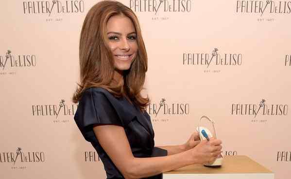 Maria Menounos : Star Addresses Pregnancy Rumors on Live ...