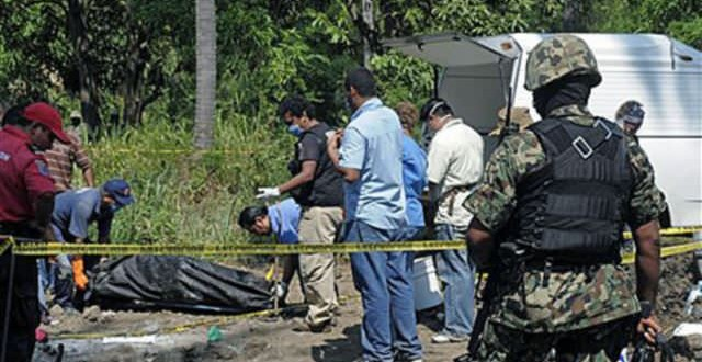 Mass grave found near Mexico town, police suspected