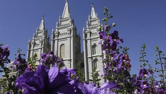 Mormon founder had teen bride : Report