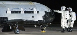 Space : X-37b lands on Earth safely (Video)