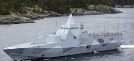 Sweden Searches for Mystery Sub, Divers : Report