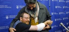 Double Arm Transplant Recipient Thanks Surgeons (Video)