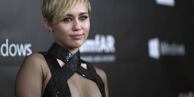 Is Miley Cyrus Dead? Singer Otherworldly Instagram Pics After Death Rumors