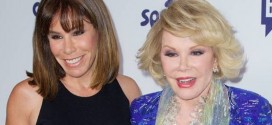 Melissa Rivers posts Thanksgiving pic of late Joan Rivers (Photo)
