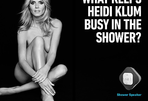 Heidi Klum Ad : Vegas airport protects travelers from naked supermodel