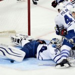 NHL: Blackhawks shut down Leafs