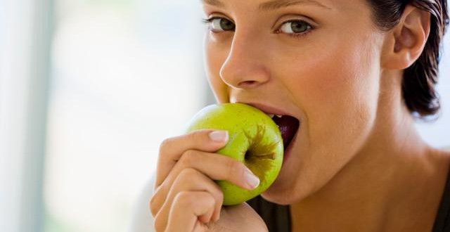 how to make healthy food choices in college