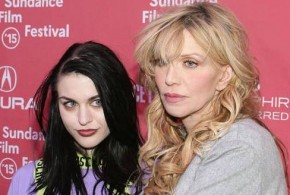 Courtney Love : Singer reveals took drugs during pregnancy
