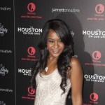 Bobbi Kristina 'Is Still Alive' : Whitney Houston's Daughter, Kristina Brown, Found Unresponsive, Hospitalized