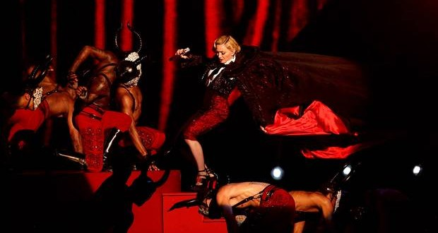 Madonna Falls During Brit Awards Performance (Video)