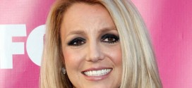 Britney Spears : Singer taking math lessons to help her sons