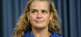Former astronaut Julie Payette says one-way mission to Mars going nowhere