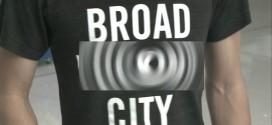"Man Kicked Off Flight Because Of ""Broad City"" Shirt (Photo)"