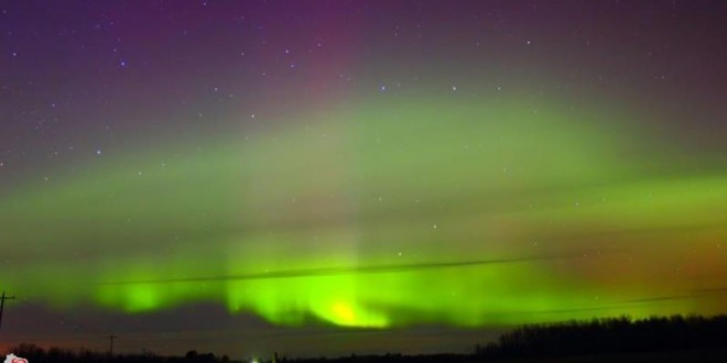 Severe geomagnetic storm lights up sky (Video)